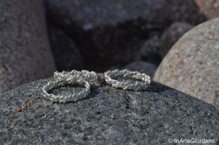 Anello fili metallici intrecciati 1