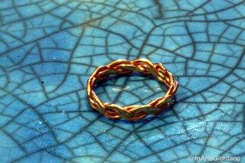 Anello fili metallici intrecciati 3